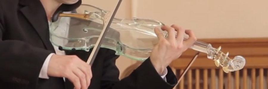 Эксклюзивная коллекция музыкальных инструментов из стекла
